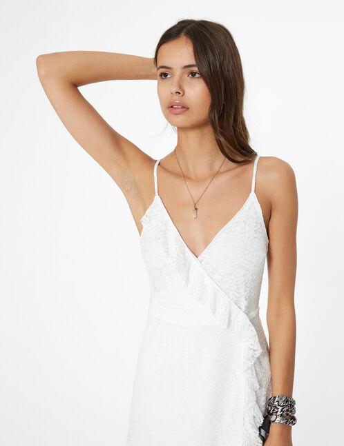 robe dentelle avec volant blanche