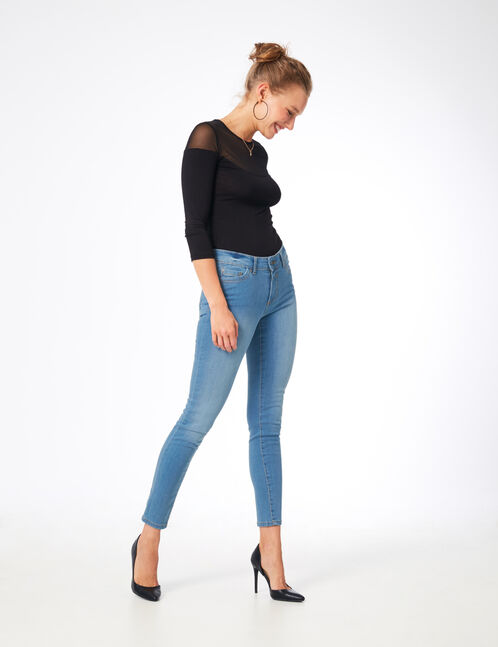 Light blue push-up skinny jeans