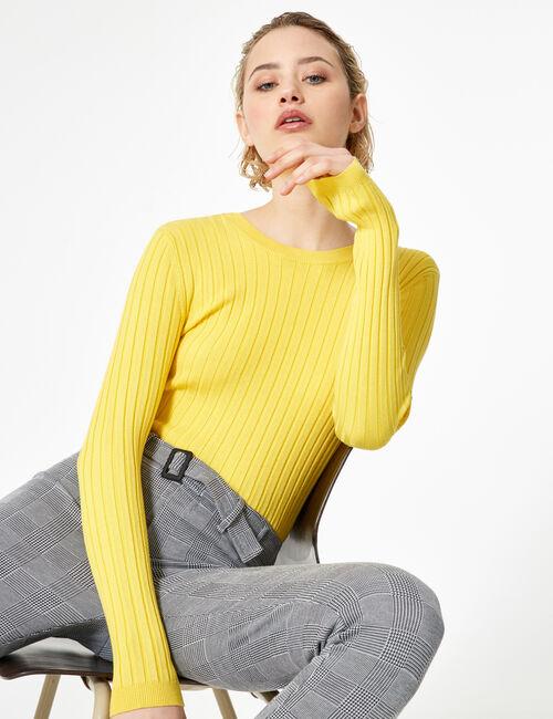 Pull avec laçage dos jaune clair