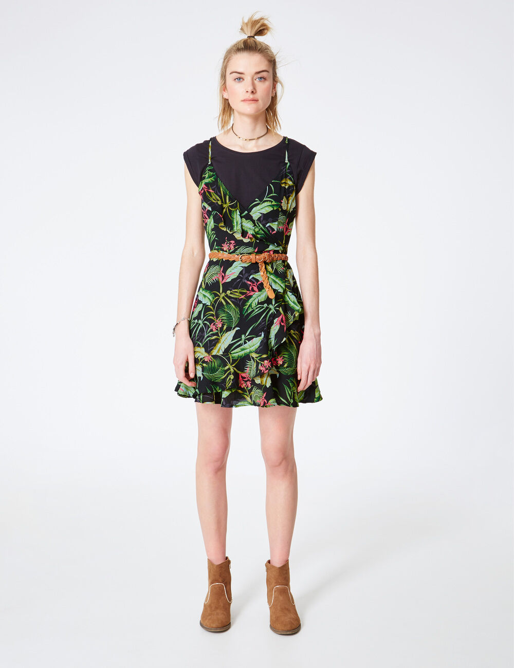 a29f49a24c Robe noire et verte – Modèles populaires de robes