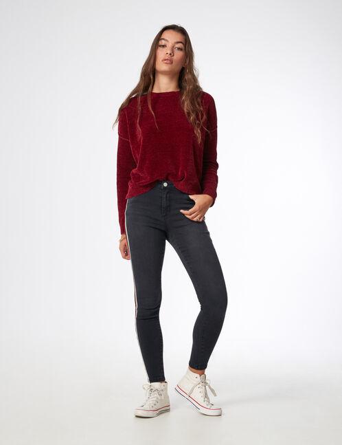 Black jeans with side stripe detail