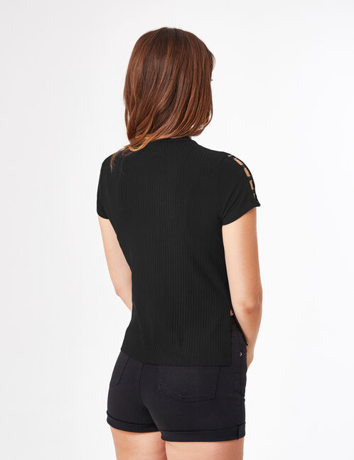 Black T-shirt with ring detail