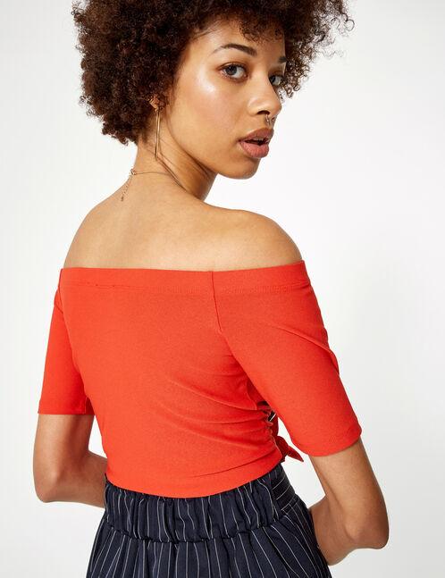 Orange off-the-shoulder T-shirt