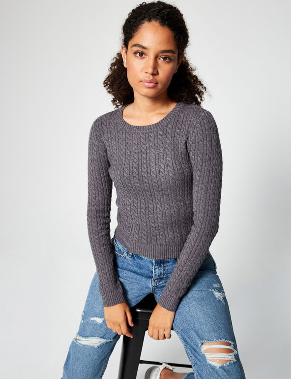 Ribbed jumper with cable knit detail