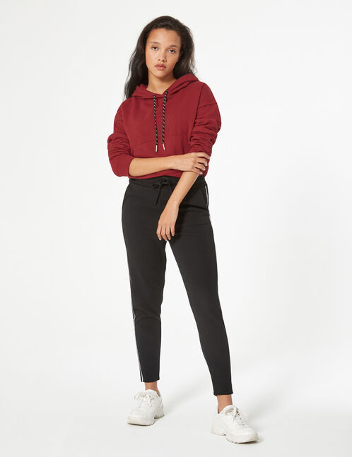 trousers with tie string
