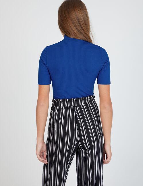 Blue zipped T-shirt