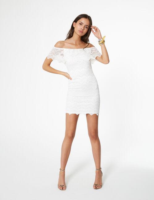 robe macramée à volants blanche