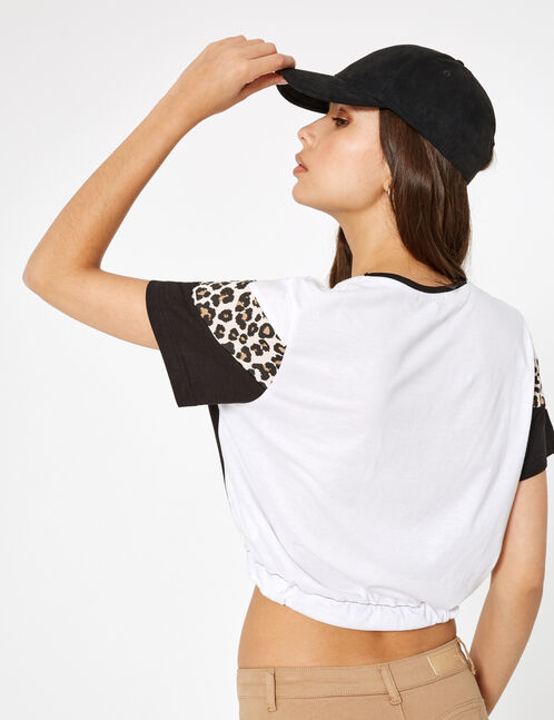 Black, white and leopard print T-shirt with chevron detail