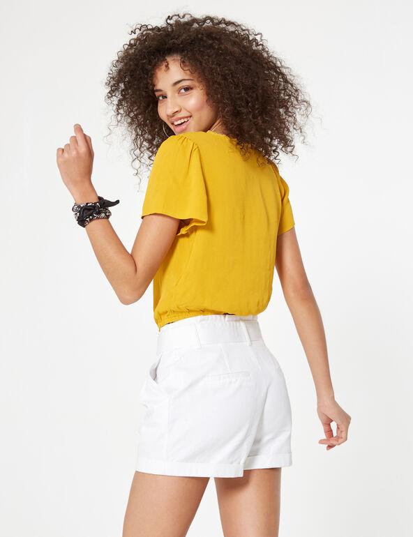Short avec ceinture blanc
