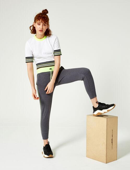 jogging avec liseré gris anthracite et vert fluo