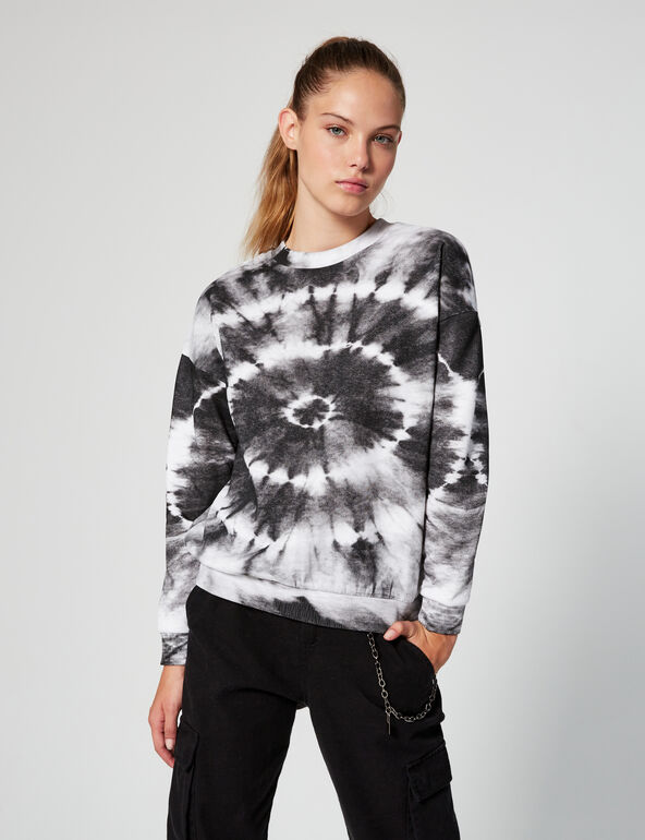 Sweat tie and dye
