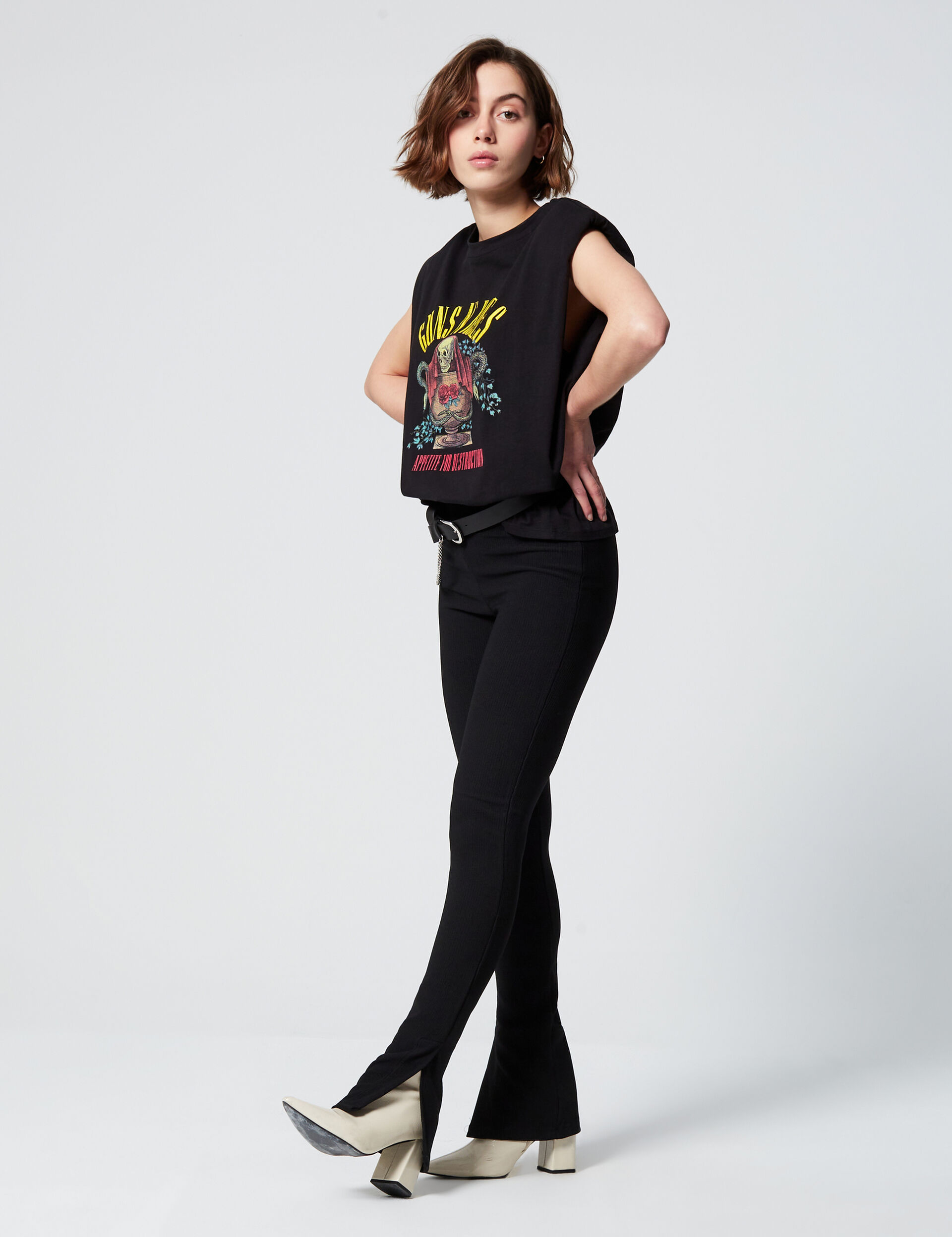 Pantalon ajustée avec fentes