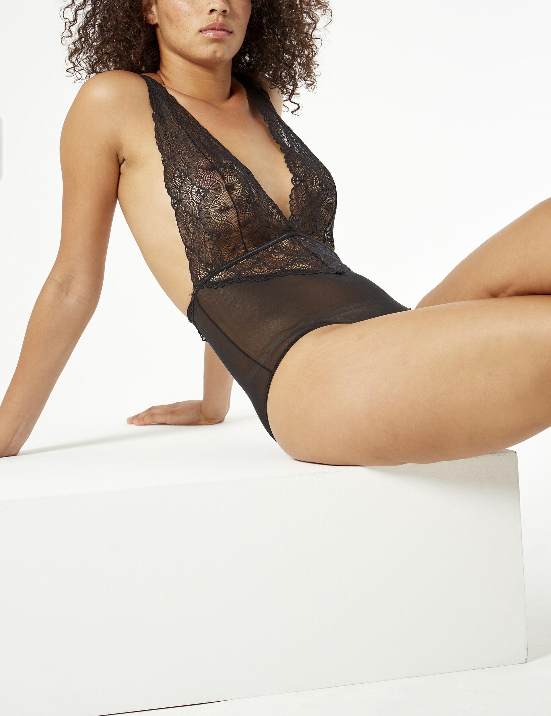 Low-cut bodysuit