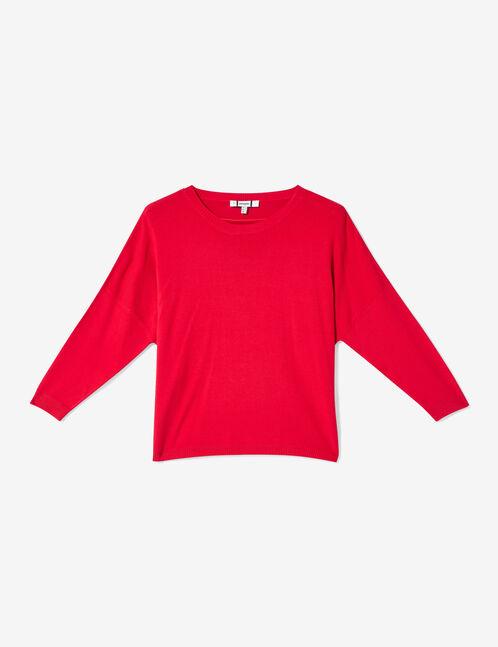 Red round-necked jumper