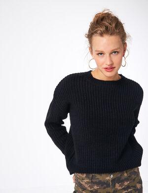 Product Pull femme, noir, maille côtelée, finitions bords côtes, col rond, manches longues. Photos retouchéesMarque Jennyfer Catégorie pulls + gilets