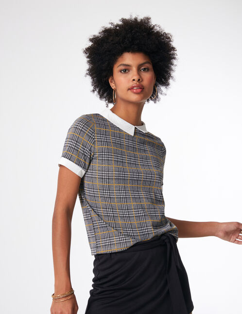 Black, grey and ochre T-shirt with white collar detail