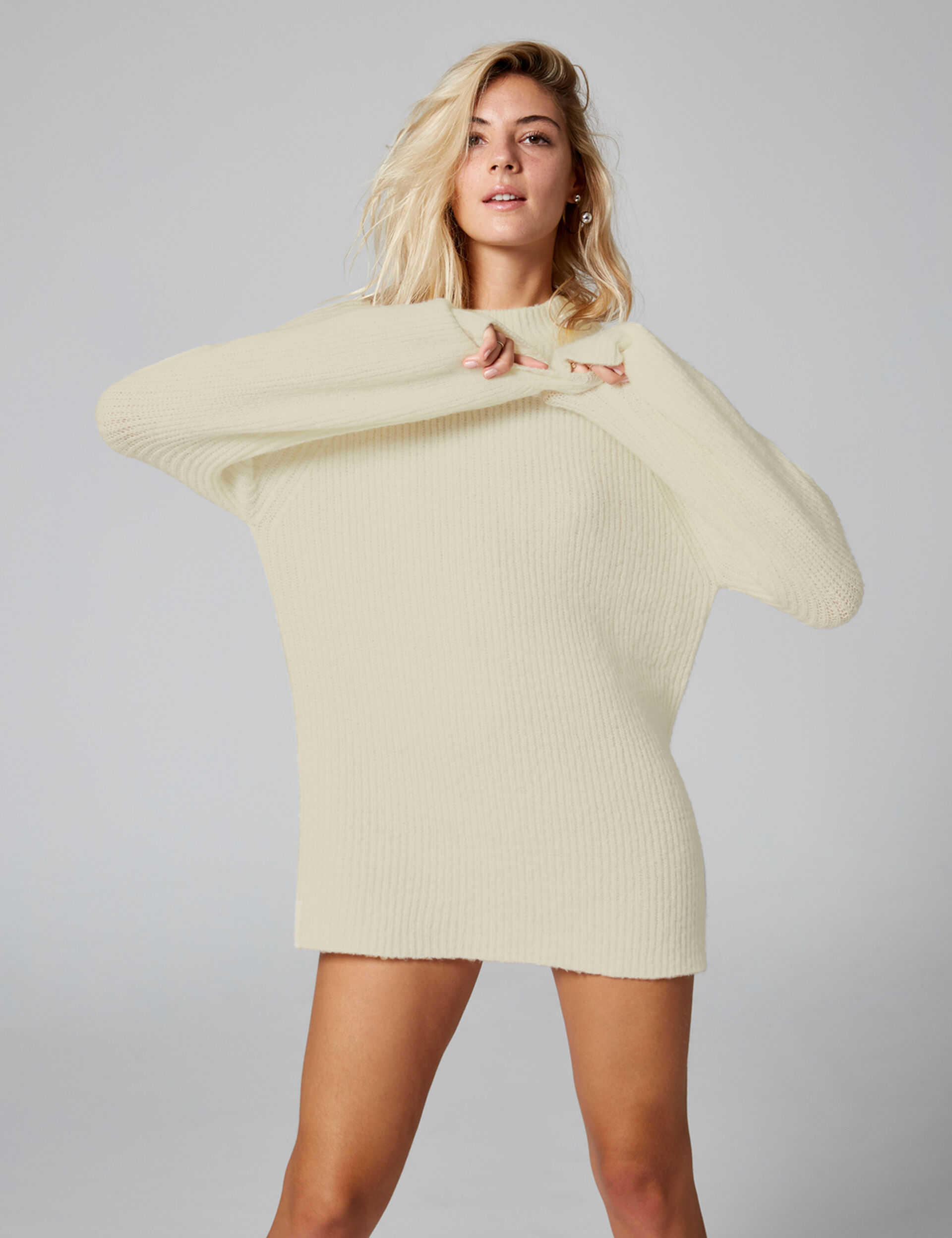 Long cream jumper