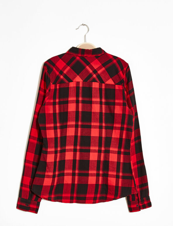 Chemise à carreaux rouge et noire