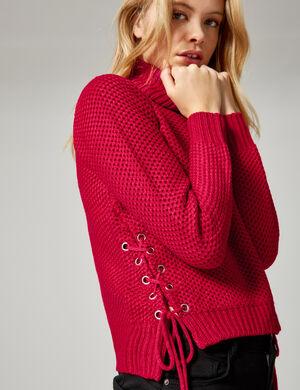 pull texturé avec laçages rouge