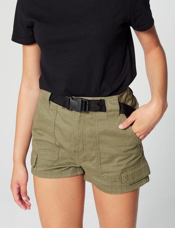 Short cargo avec ceinture