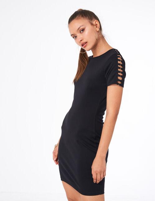 robe avec petits anneaux noire