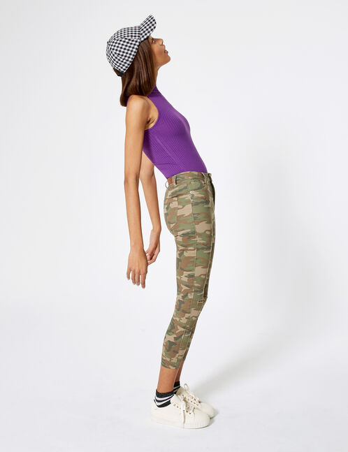 pantalon avec cut camouflage kaki