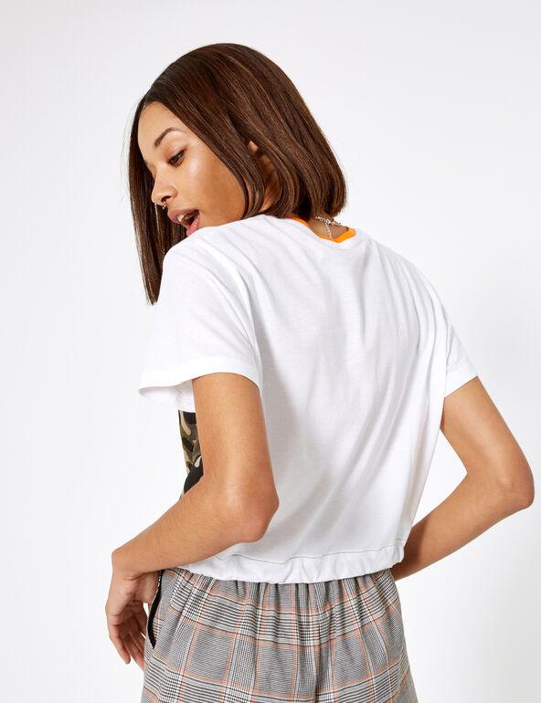 Tee-shirt à message kaki camouflage, orange et blanc
