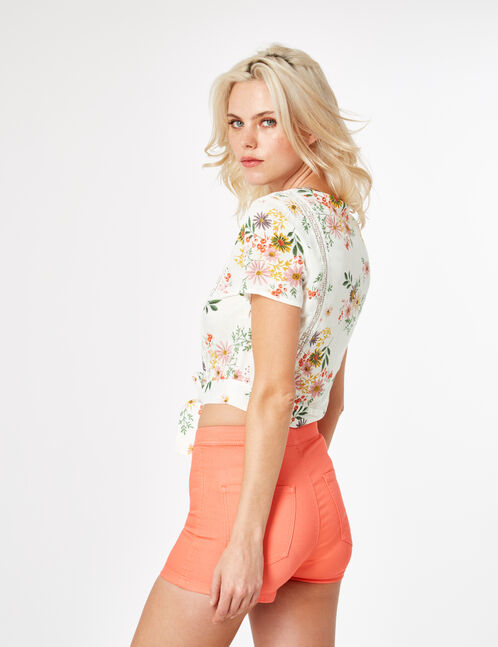 Coral high-waisted shorts