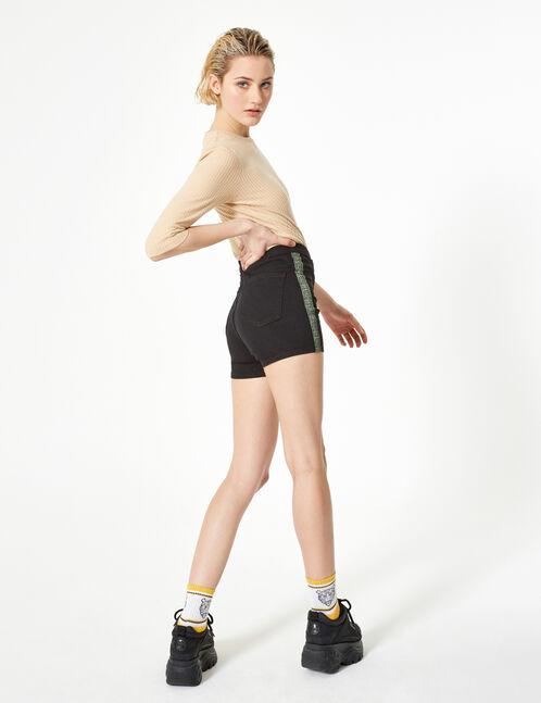 short en jean avec bandes noir