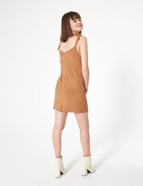 robe en suédine boutonnée camel