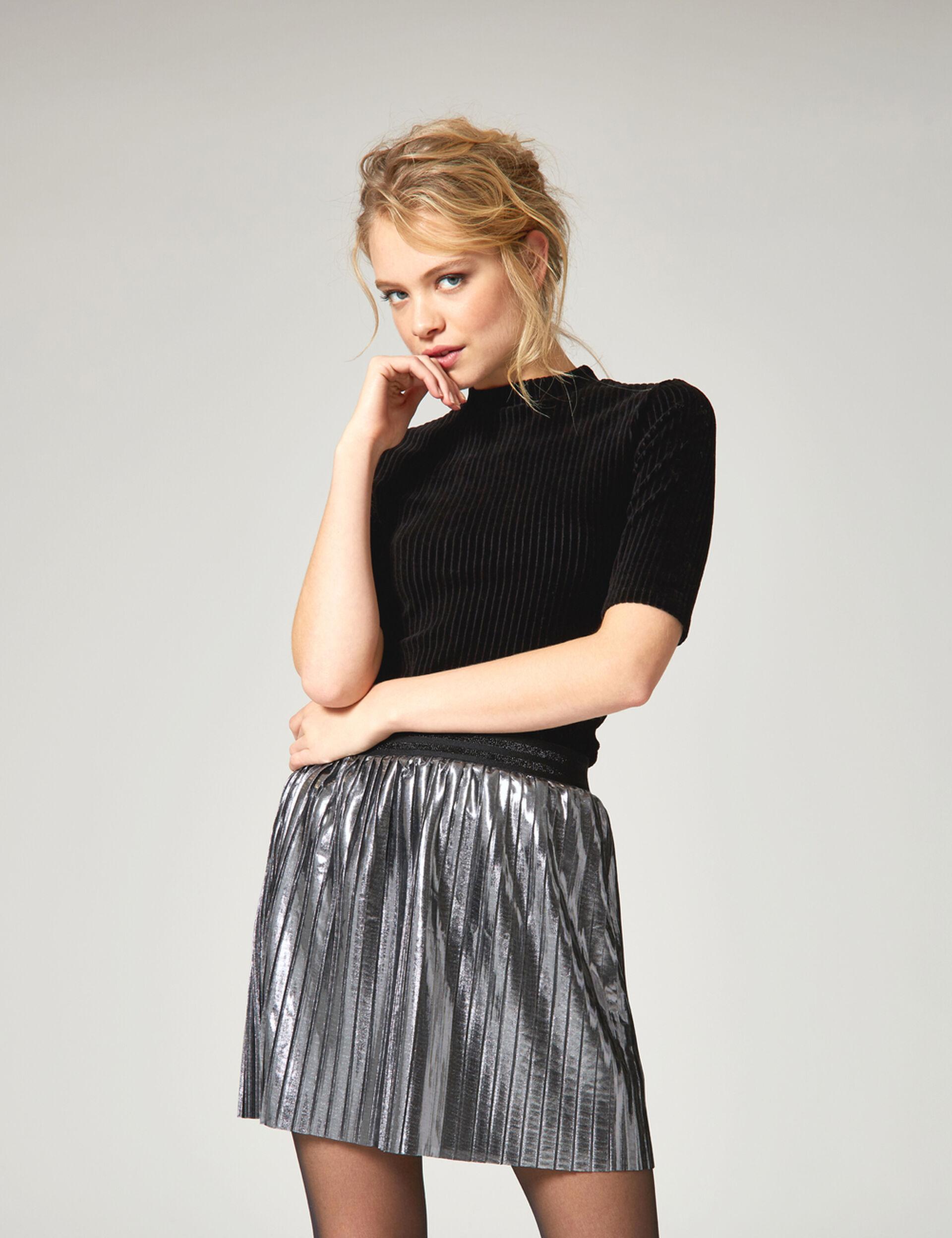 jupe courte plissée atgentée