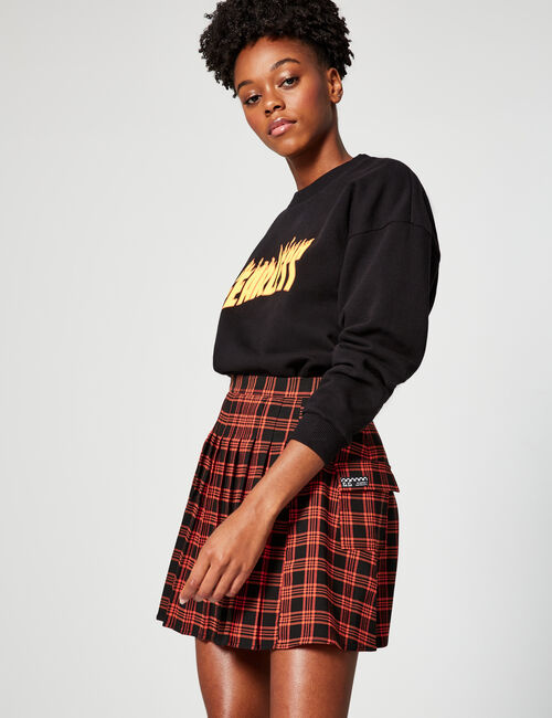 Pleated checked skirt