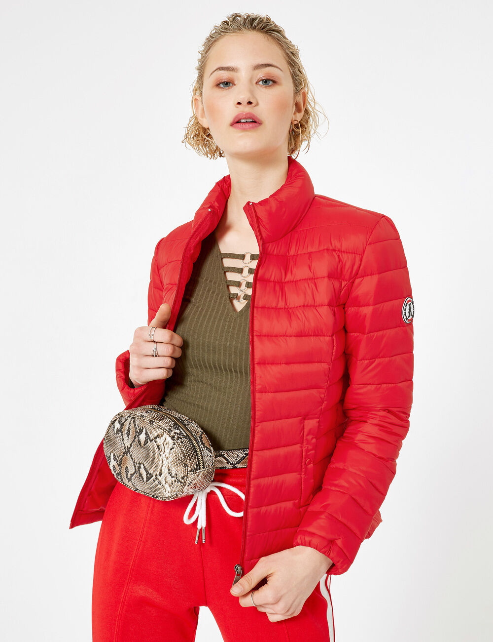 197e66c3c Red lightweight padded jacket woman • Jennyfer