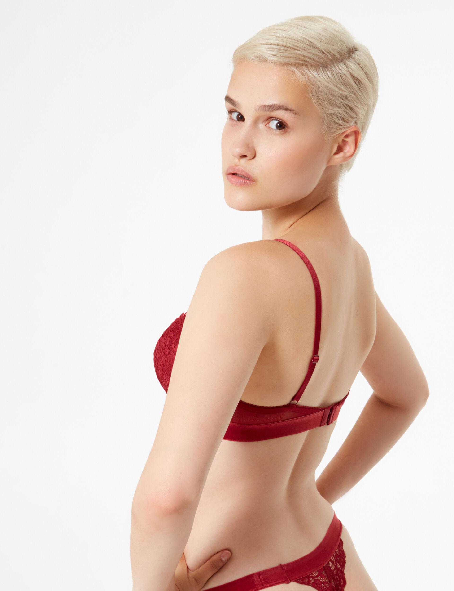 Cutaway bra