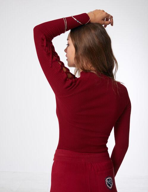 pull côtelé avec laçages bordeaux