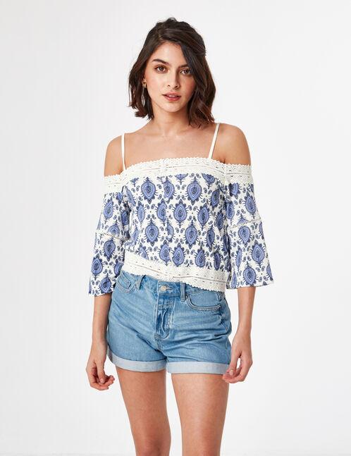 Cream and navy blue paisley print t-shirt