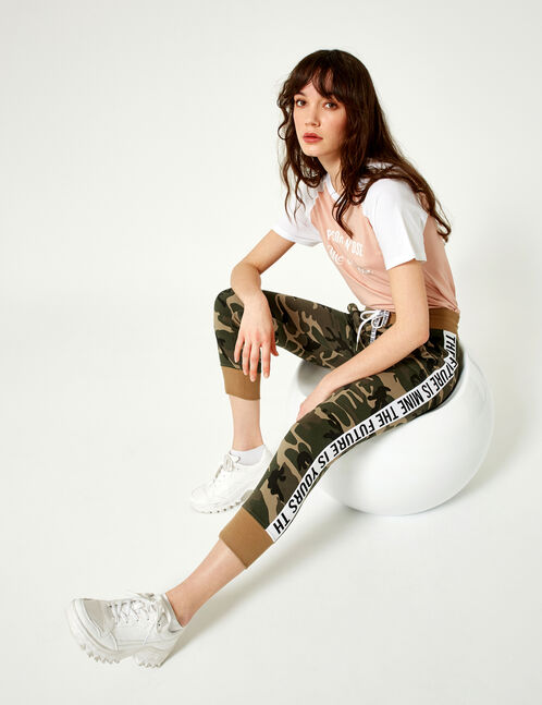 pantalon à message camouflage kaki