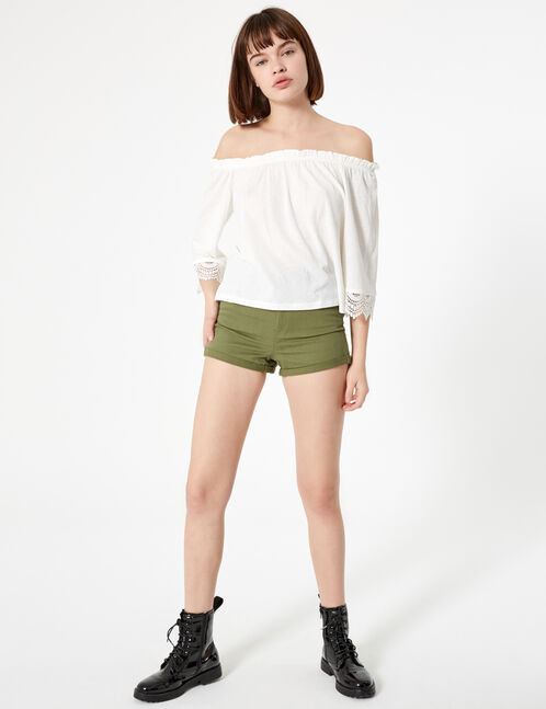 Cream T-shirt with cut-out shoulders