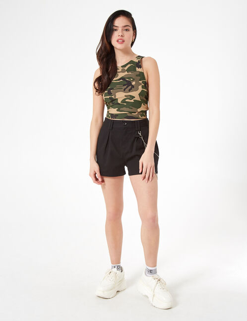 shorts with chain