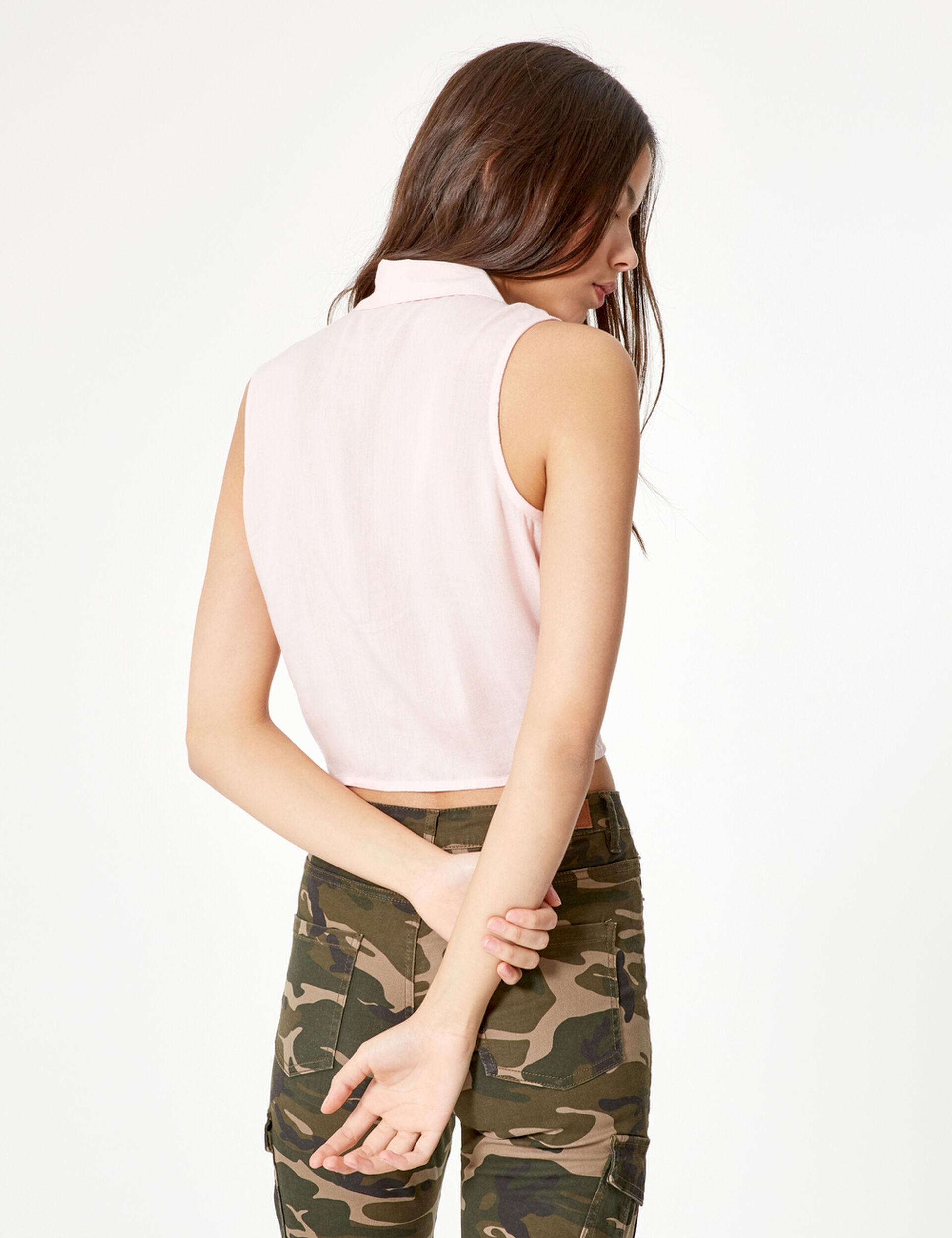 Chemise sans manches à nouer rose clair