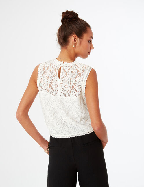 blouse en dentelle écrue