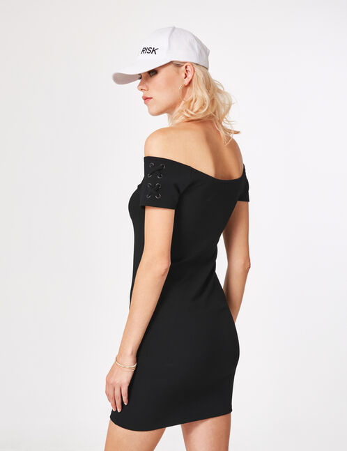 robe avec laçages manches noire