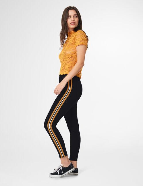 pantalon avec bandes rayées ocre
