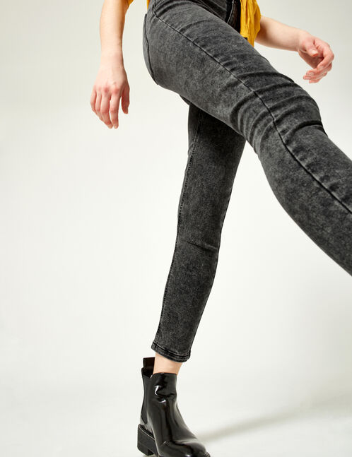 Grey high-waisted jeggings