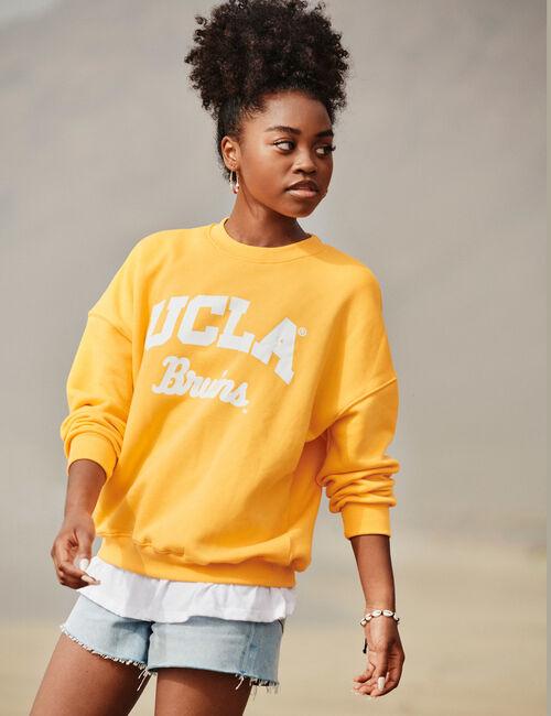 Oversized UCLA sweatshirt
