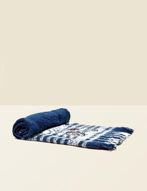 écharpe à carreaux et patchs bleu marine et blanche