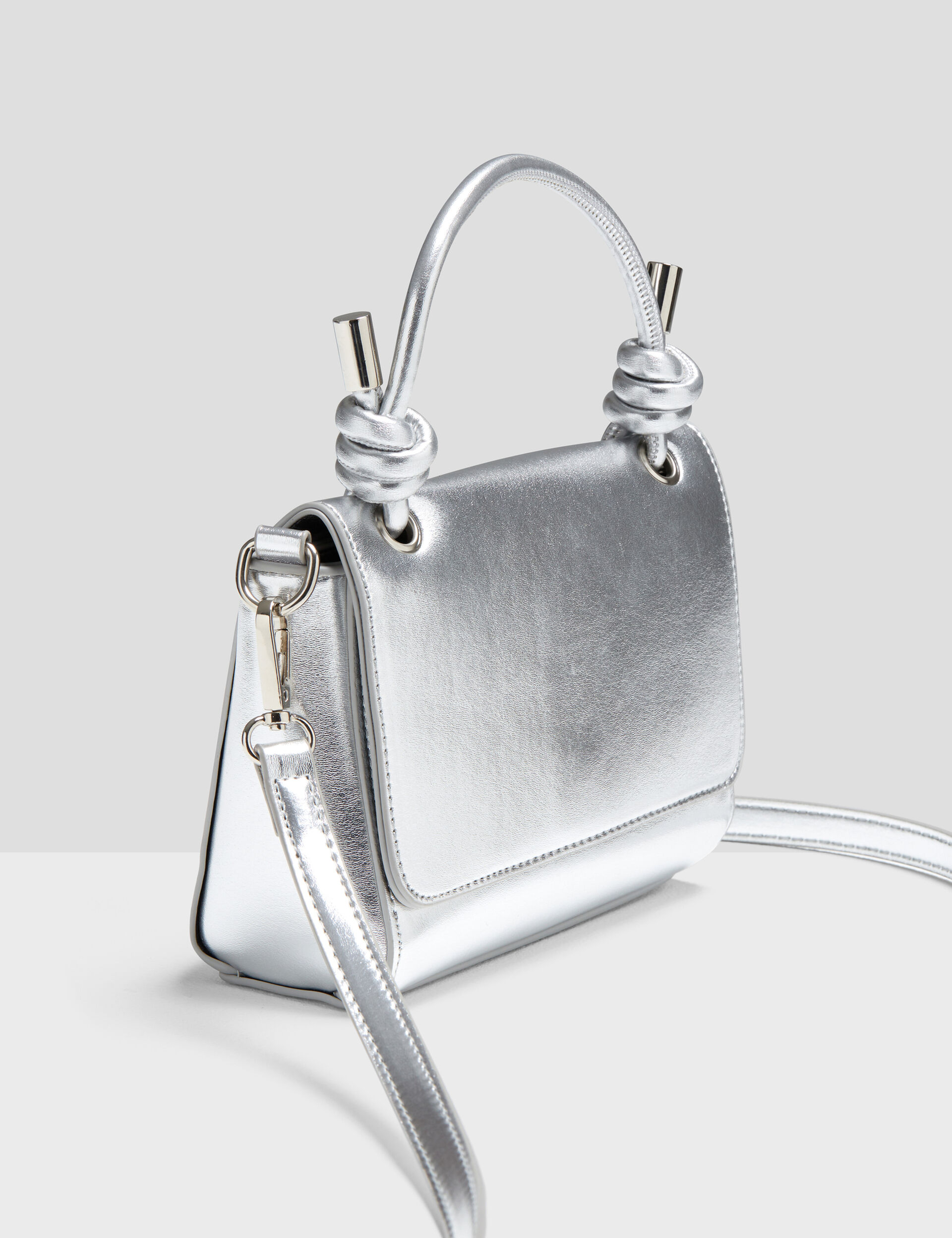 Bag with flap