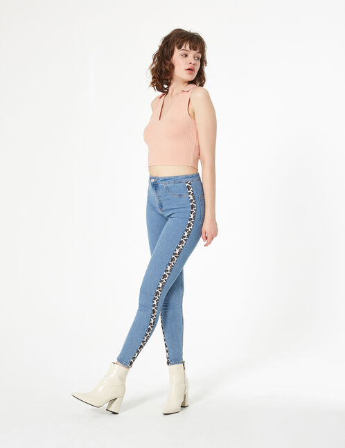 Blue jeggings with trim detail