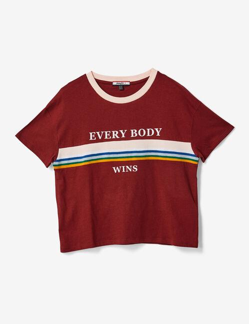 Burgundy T-shirt with text design detail