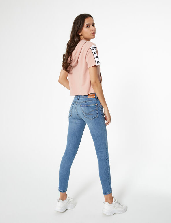 Blue low-rise push-up jeans